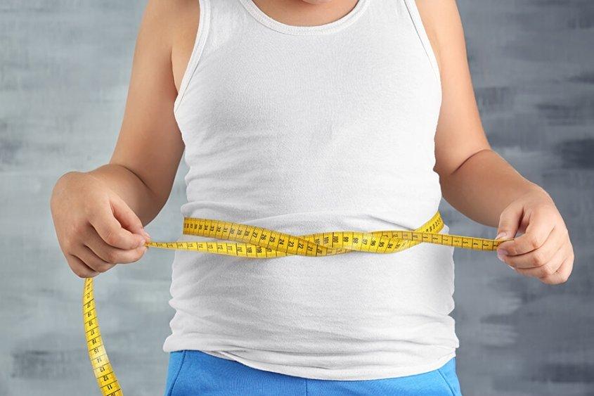 debelost v pandemiji